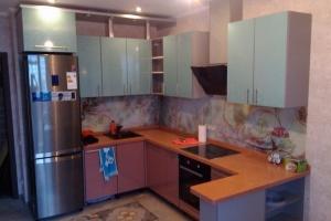 Корпусная кухонная мебель